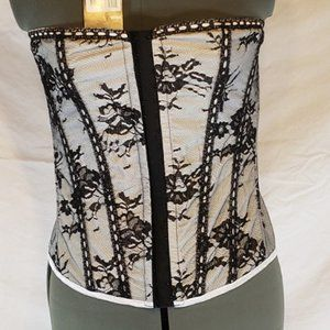 NWT Corset Story UnderBust Lace Up Corset XL